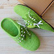 Обувь ручной работы handmade. Livemaster - original item Felted Slippers with lilies of the valley. Handmade.