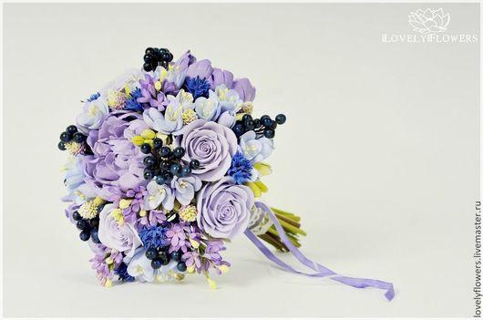 Свадебные цветы ручной работы. Ярмарка Мастеров - ручная работа. Купить Букет невесты с цветами и ягодами из полимерной глины. Handmade.