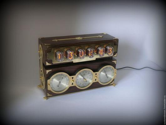 """Подарки для мужчин, ручной работы. Ярмарка Мастеров - ручная работа. Купить Ламповые часы """"Метеостанция ИН-12"""". Handmade. брутальный"""