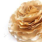 """Украшения ручной работы. Ярмарка Мастеров - ручная работа Брошь, заколка для волос, цветок из ткани  """" Золотая роза """". Handmade."""
