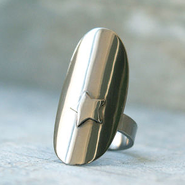Украшения ручной работы. Ярмарка Мастеров - ручная работа Кольцо из титана, кольцо титан, широкое кольцо, кольцо со звездой. Handmade.