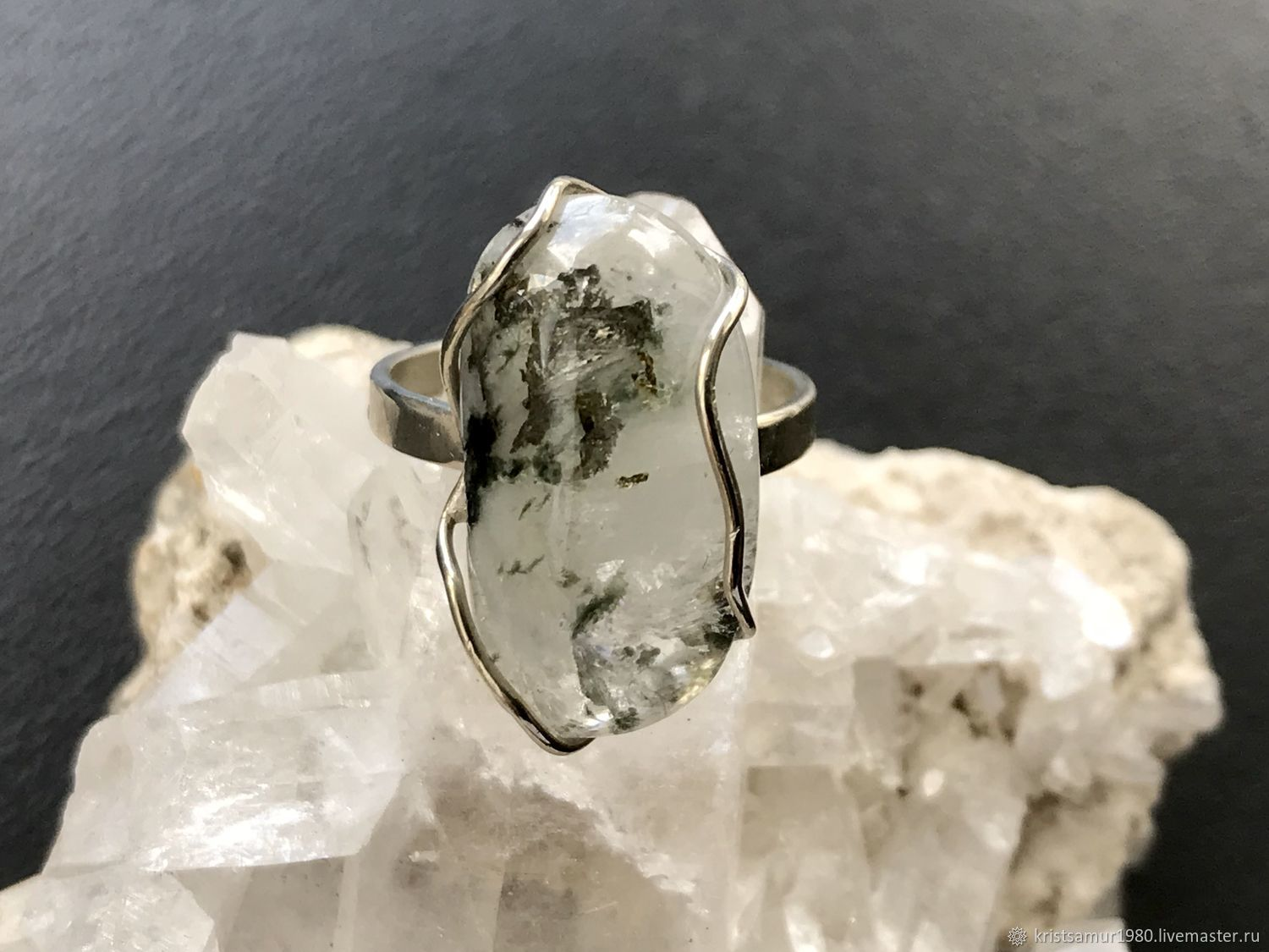.Ring with a crystal of phenakite from the Emerald mines , Amulet, Ekaterinburg,  Фото №1