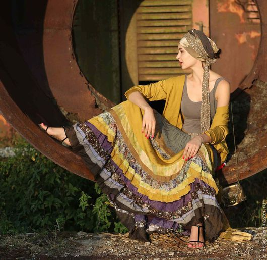 авторская юбка в стиле Бохо.  Анна Ивашко фото модель Анна Герт-фото художник