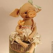 Куклы и игрушки ручной работы. Ярмарка Мастеров - ручная работа Поросёнок мисс Рози , авторская валяная игрушка, подарок на 8 марта.. Handmade.