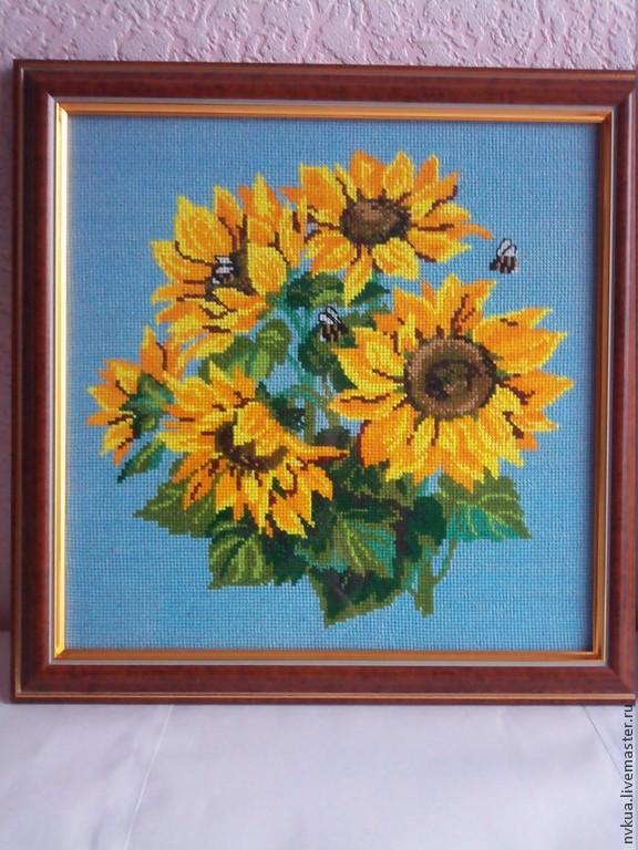 Вышивка из живых цветов