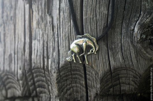 """Кулоны, подвески ручной работы. Ярмарка Мастеров - ручная работа. Купить """"Лошадь"""" подвеска. Handmade. Серебряный, подвеска, лошадь, кулон"""