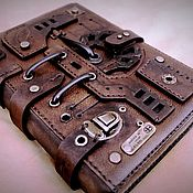 Канцелярские товары ручной работы. Ярмарка Мастеров - ручная работа Кожаный блокнот формата А5.. Handmade.