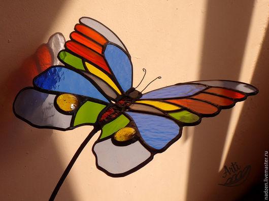 Экстерьер и дача ручной работы. Ярмарка Мастеров - ручная работа. Купить Витраж Бабочка для ландшафтного дизайна. Handmade. Бабочка, стекло