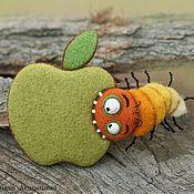 Куклы и игрушки handmade. Livemaster - original item AppleГРЫЗ caterpillar )) brooch. Handmade.
