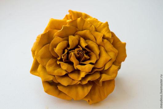 """Заколки ручной работы. Ярмарка Мастеров - ручная работа. Купить Заколка """"Аэлита"""" с желтой кожаной розой. Handmade. Желтый"""