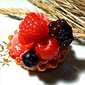 Косметика ручной работы. Ярмарка Мастеров - ручная работа Ягодное пирожное. Handmade.