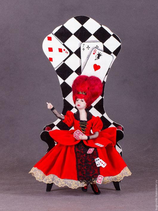 Сказочные персонажи ручной работы. Ярмарка Мастеров - ручная работа. Купить Червонная Королева. Handmade. Ярко-красный, черви, ткань