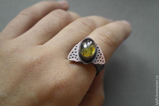 """Кольца ручной работы. Ярмарка Мастеров - ручная работа. Купить кольцо """"Мотылёк"""". Handmade. Зеленый, насекомые, медь"""