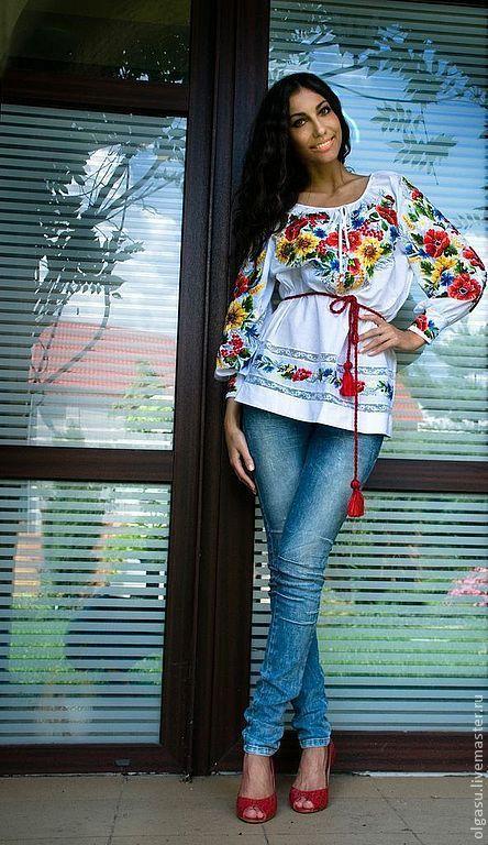 Вышитые блузы, туники и вышиванки от Ольги Стрельцовой