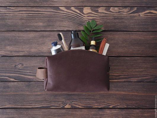 Мужские сумки ручной работы. Ярмарка Мастеров - ручная работа. Купить Несессер, дорожная сумка для туалетных принадлежностей. Handmade. Коричневый