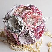 Свадебный салон ручной работы. Ярмарка Мастеров - ручная работа Свадебный Брошь букет невесты розовый и лавандовый. Handmade.