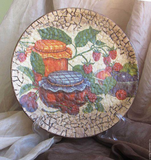 """Тарелки ручной работы. Ярмарка Мастеров - ручная работа. Купить Тарелка декупажная """"Осенний натюрморт"""". Handmade. Комбинированный, натюрморт, подарок"""