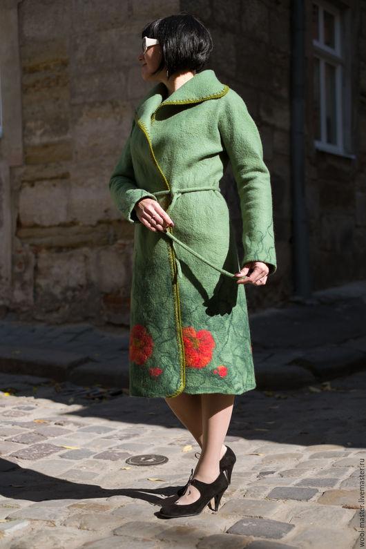 Верхняя одежда ручной работы. Ярмарка Мастеров - ручная работа. Купить Валяное пальто Цветочная поляна. Handmade. Зеленый
