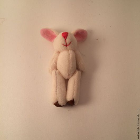 Куклы и игрушки ручной работы. Ярмарка Мастеров - ручная работа. Купить Зайцы сливочные 7.5 см. Handmade. Бежевый