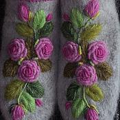 Варежки ручной работы. Ярмарка Мастеров - ручная работа Варежки с вышивкой Розы  Нежность рококо. Handmade.