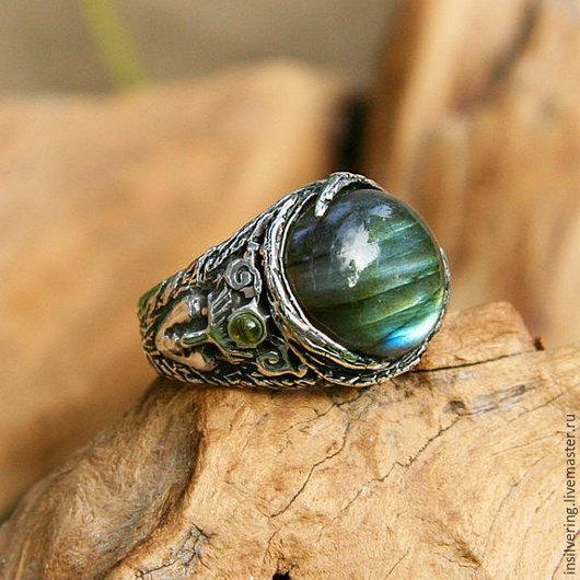 """Кольца ручной работы. Ярмарка Мастеров - ручная работа. Купить Кольцо """"Аврора"""", серебряное кольцо с лабрадоритом и 2 аквамаринами. Handmade."""