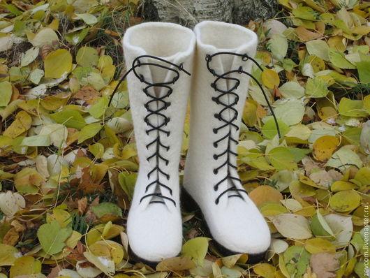 """Обувь ручной работы. Ярмарка Мастеров - ручная работа. Купить Валяные ботинки """"Первый снег"""". Handmade. Белый, ботинки женские"""