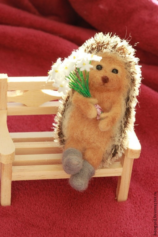 Игрушки животные, ручной работы. Ярмарка Мастеров - ручная работа. Купить Ежик с ромашками (солнечный). Handmade. Рыжий, игрушка в подарок
