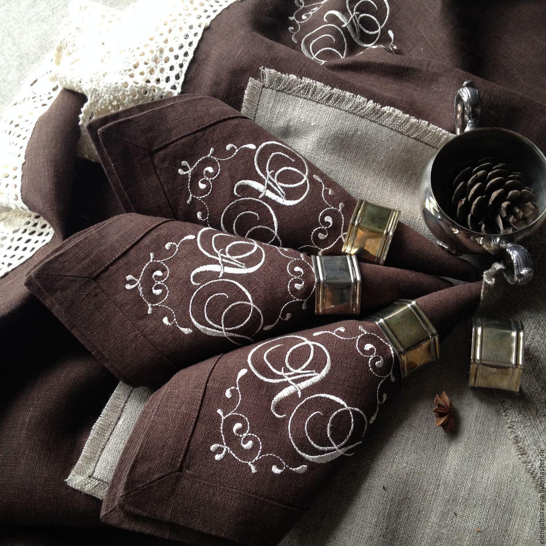 Салфетки с кружевом и вышивкой