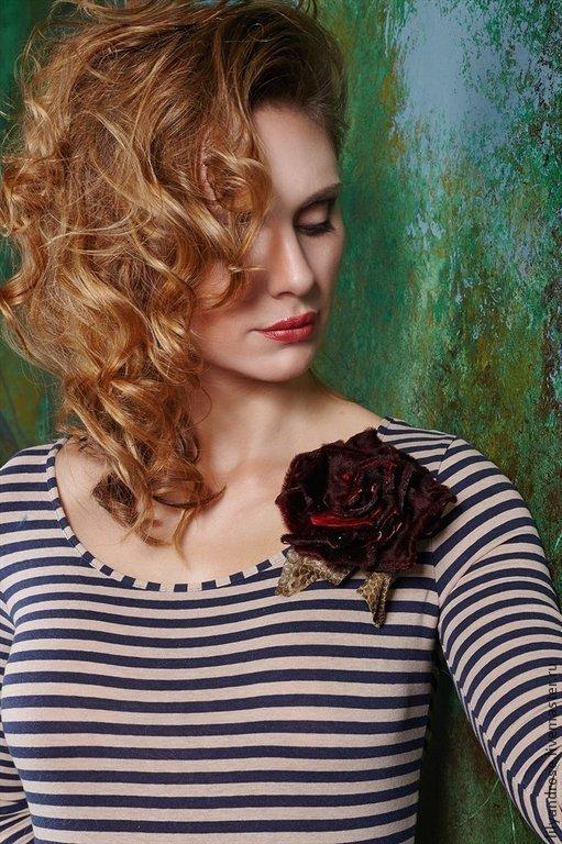 Броши ручной работы. Ярмарка Мастеров - ручная работа. Купить Бордовая меховая роза брошь.. Handmade. Бордовый, меховые цветы