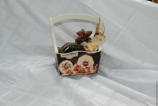 """Кухня ручной работы. Ярмарка Мастеров - ручная работа. Купить Лукошко """" Чайный сервиз"""". Handmade. Коричневый, деревянная заготовка"""