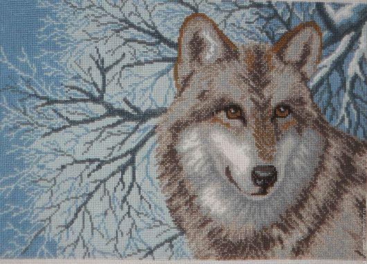 Картина вышитая `Одинокая волчица` без рамы