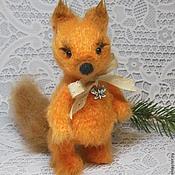 Куклы и игрушки ручной работы. Ярмарка Мастеров - ручная работа Белочка вязаная. Handmade.