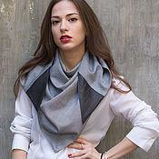 Аксессуары ручной работы. Ярмарка Мастеров - ручная работа Стильный платок на шею с кожаными деталями / Шарф серого цвета. Handmade.