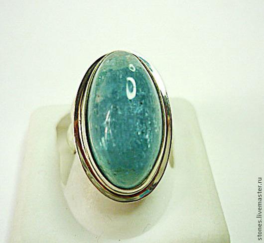 Кольцо, размер-17. Цена-6.800 Камень-20х11мм