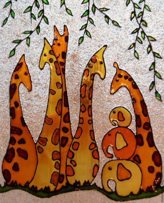 Тарелки ручной работы. Ярмарка Мастеров - ручная работа. Купить Тарелка из серии Забавные зверюги. Handmade. Витражная роспись, животные