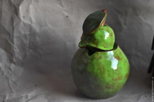 Шкатулки ручной работы. Ярмарка Мастеров - ручная работа. Купить Керамическая груша. Handmade. Зеленый, керамика ручной работы