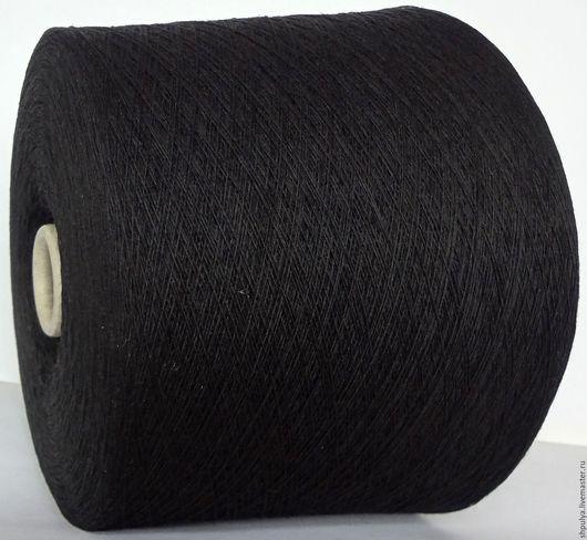 Пряжа New Mill Super Soft Состав: меринос 100% Nm: 1/15, то есть 1500 м в 100 г Цвет: черный, насыщенный, без прочих оттенков.