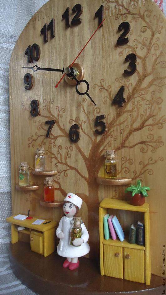 Часы для дома ручной работы. Ярмарка Мастеров - ручная работа. Купить Часы медработнику. Handmade. Комбинированный, часы в подарок, медработник