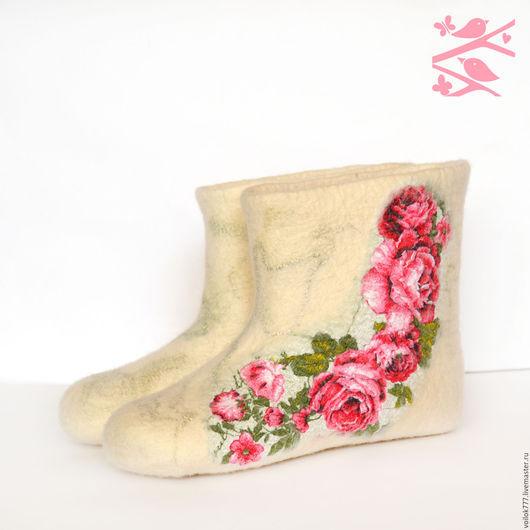 """Обувь ручной работы. Ярмарка Мастеров - ручная работа. Купить Домашние валенки """"Чайная роза"""". Handmade. Белый, оригинальный подарок"""