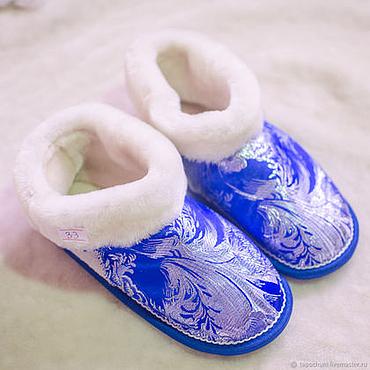 Обувь ручной работы. Ярмарка Мастеров - ручная работа Чуни из овчины «Зимний узор». Handmade.