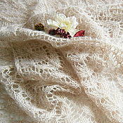 Аксессуары ручной работы. Ярмарка Мастеров - ручная работа Шаль ажурная Зимний сад (шаль вязаная спицами, шаль паутинка). Handmade.