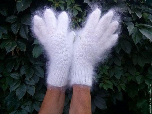 Варежки, митенки, перчатки ручной работы. Ярмарка Мастеров - ручная работа. Купить Белые и серые перчатки из козьего пуха. Handmade.