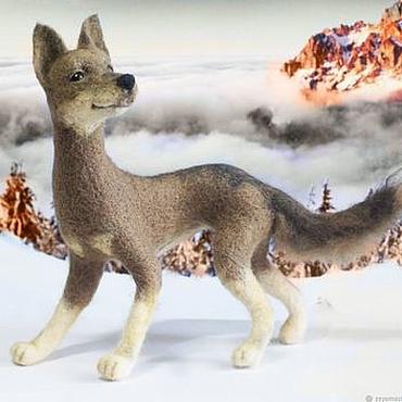 Куклы и игрушки ручной работы. Ярмарка Мастеров - ручная работа Собака Рони Интерьерная валяная игрушка из шерсти. Handmade.