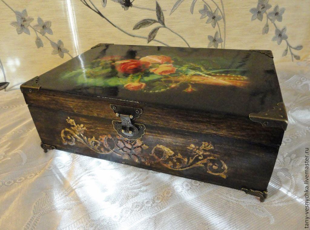 Collectible Dolls handmade. Livemaster - handmade. Buy Jewelry box 'Among the roses'.Box, metal hardware, box