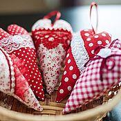 Подарки к праздникам ручной работы. Ярмарка Мастеров - ручная работа Подвески сердечки к 14 февраля. Handmade.