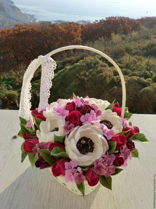 Цветы ручной работы. Ярмарка Мастеров - ручная работа. Купить Корзина с  белыми анемонами, розами и гортензией. Handmade. Разноцветный