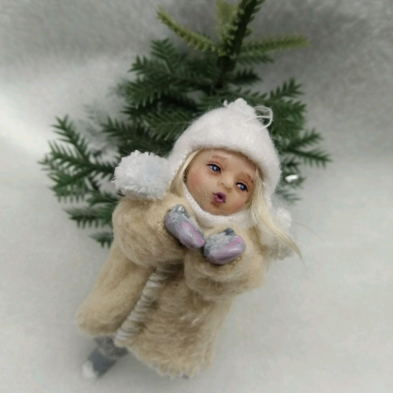 Ёлочная игрушка подвеска воздушный поцелуй, Куклы и пупсы, Подольск,  Фото №1