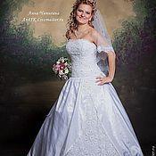 Свадебный салон ручной работы. Ярмарка Мастеров - ручная работа Свадебное платье ручной работы. Handmade.