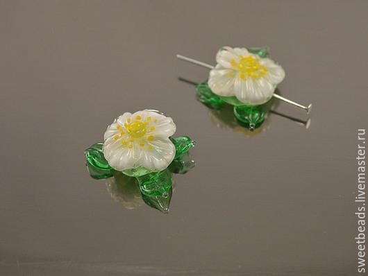 Для украшений ручной работы. Ярмарка Мастеров - ручная работа. Купить Цветок крупный лампворк лэмпворк, белый цветок шиповника. Handmade.