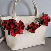 Сумки и аксессуары handmade. Livemaster - original item Bag leather women`s Bag with flowers. Maki milk python. Handmade.